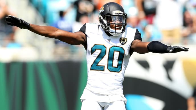 JACKSONVILLE, FL - SEPTEMBER 25:   Jalen Ramsey #20 of the Jacksonville Jaguars against the Baltimore Ravens at EverBank Field on September 25, 2016 in Jacksonville, Florida.  (Photo by Maddie Meyer/Getty Images)