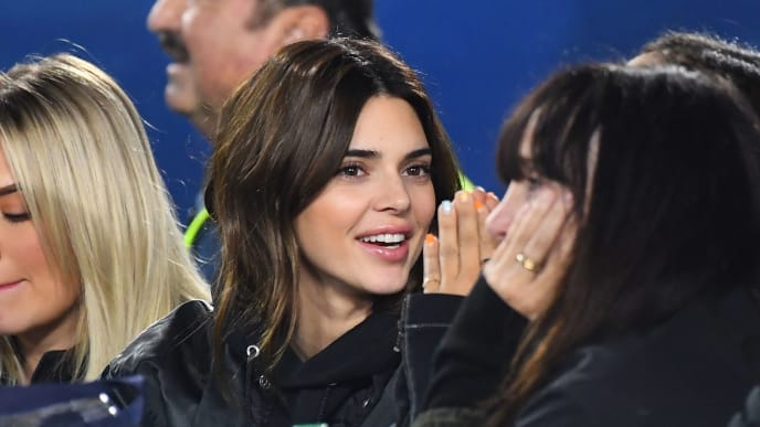 LOS ANGELES, CA - NOVEMBER 25: Kendall Jenner attends the game between the Los Angeles Rams and the Baltimore Ravens at the Los Angeles Memorial Coliseum on November 25, 2019 in Los Angeles, California. (Photo by Jayne Kamin-Oncea/Getty Images)
