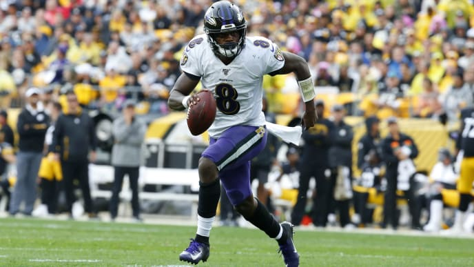 PITTSBURGH, PA - OCTOBER 06:  Lamar Jackson #8 of the Baltimore Ravens in action against the Pittsburgh Steelers on October 6, 2019 at Heinz Field in Pittsburgh, Pennsylvania.  (Photo by Justin K. Aller/Getty Images)