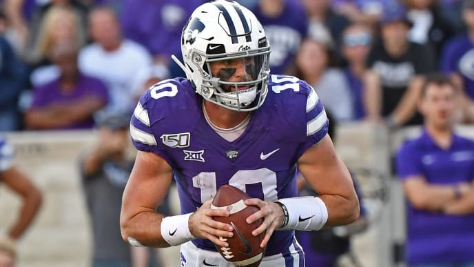MANHATTAN, KS - OCTOBER 05:  Quarterback Skylar Thompson #10 of the Kansas State Wildcats scrambles to the outside against the Baylor Bears during the second half at Bill Snyder Family Football Stadium on October 5, 2019 in Manhattan, Kansas. (Photo by Peter G. Aiken/Getty Images)