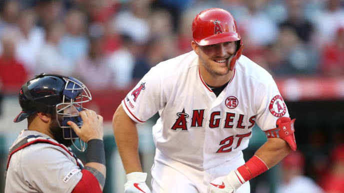 Mike Trout, Sandy Leon