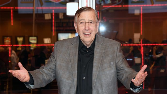 LAS VEGAS, NV - FEBRUARY 03:  Retired sportscaster and VSiN (Vegas Stats & Information Network) managing editor and lead host Brent Musburger unveils the VSiN broadcasting studio at the South Point Hotel & Casino sports book on February 3, 2017 in Las Vegas, Nevada. VSiN is the first multi-channel network dedicated to sports gambling information and launches on Sirius XM Radio on February 27. Musburger and boxing announcer and VSiN lead host Al Bernstein will host a special broadcast before Super Bowl LI.  (Photo by Ethan Miller/Getty Images)