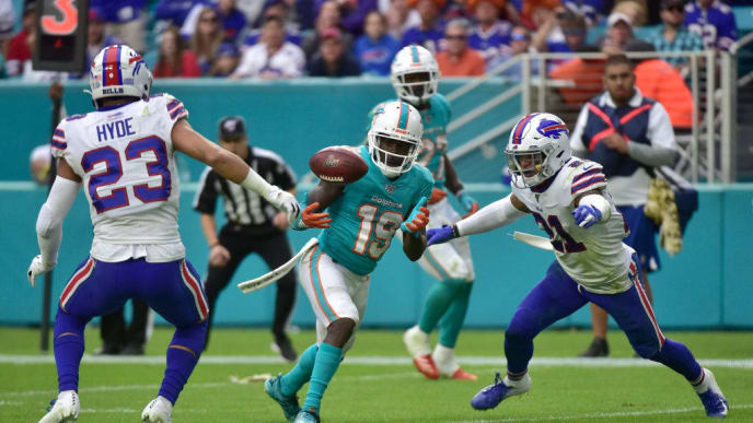 MIAMI, FL - NOVEMBER 17: Jakeem Grant #19 of the Miami Dolphins makes a catch during the fourth quarter of the game against the Buffalo Bills at Hard Rock Stadium on November 17, 2019 in Miami, Florida. (Photo by Eric Espada/Getty Images)