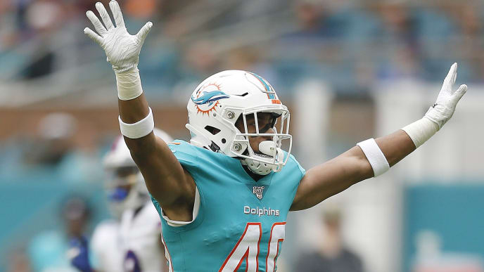 MIAMI, FLORIDA - NOVEMBER 17:  Nik Needham #40 of the Miami Dolphins reacts after breaking up a pass against the Buffalo Bills during the second quarter at Hard Rock Stadium on November 17, 2019 in Miami, Florida. (Photo by Michael Reaves/Getty Images)