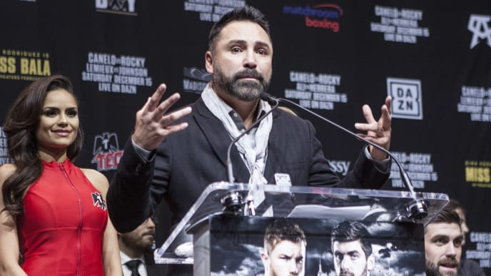 NEW YORK, NY - DECEMBER 13: Oscar De La Hoya speaks during the Canelo vs. Rocky final press conference at Madison Square Garden on December 13, 2018 in New York City . (Photo by Bill Tompkins/Getty Images)