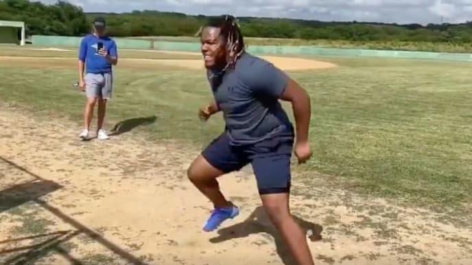El intenso entrenamiento de Vladimir Guerrero Jr. para llegar en forma a la temporada 2020