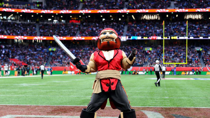 LONDON, ENGLAND - OCTOBER 13: Captain Fear, Mascot of Tampa Bay Buccaneers reacts during the NFL match between the Carolina Panthers and Tampa Bay Buccaneers at Tottenham Hotspur Stadium on October 13, 2019 in London, England. (Photo by Alex Burstow/Getty Images)