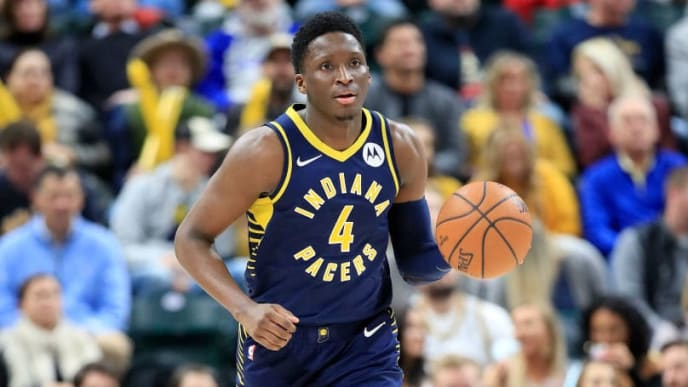 INDIANAPOLIS, INDIANA - JANUARY 20:   Victor Oladipo #4 of the Indiana Pacers dribbles the ball against of the Charlotte Hornets at Bankers Life Fieldhouse on January 20, 2019 in Indianapolis, Indiana.     (Photo by Andy Lyons/Getty Images)