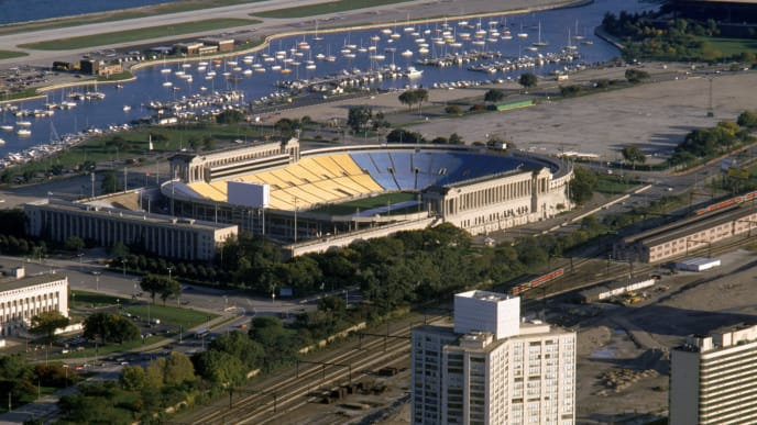 CHICAGO - OCTOBER 1992:  Aerial view of Soldier Field, home of the Chicago Bears circa October of 1992 in Chicago, Illinois.   (Photo by Jonathan Daniel/Getty Images)