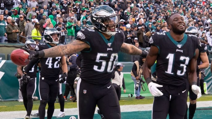 PHILADELPHIA, PA - NOVEMBER 03: Duke Riley #50 and Nelson Agholor #13 of the Philadelphia Eagles react late in the fourth quarter against the Chicago Bears at Lincoln Financial Field on November 3, 2019 in Philadelphia, Pennsylvania. The Eagles defeated the Bears 22-14. (Photo by Mitchell Leff/Getty Images)