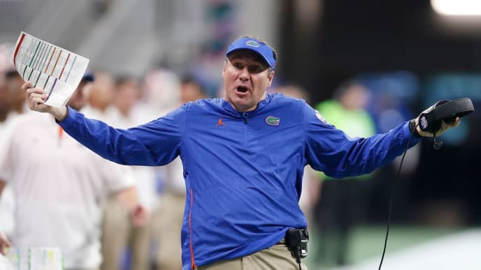 ATLANTA, GEORGIA - DECEMBER 29:  Head coach Dan Mullen of the Florida Gators reacts in the fourth quarter against the Michigan Wolverines during the Chick-fil-A Peach Bowl at Mercedes-Benz Stadium on December 29, 2018 in Atlanta, Georgia. (Photo by Mike Zarrilli/Getty Images)