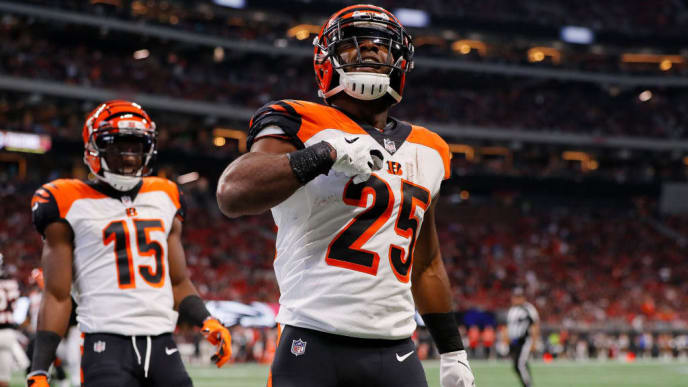 ATLANTA, GA - SEPTEMBER 30: Giovani Bernard #25 of the Cincinnati Bengals celebrates after scoring a touchdown during the second quarter against the Atlanta Falcons at Mercedes-Benz Stadium on September 30, 2018 in Atlanta, Georgia. (Photo by Kevin C. Cox/Getty Images)