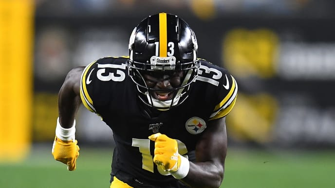 PITTSBURGH, PA - SEPTEMBER 30:  James Washington #13 of the Pittsburgh Steelers in action during the game against the Cincinnati Bengals at Heinz Field on September 30, 2019 in Pittsburgh, Pennsylvania. (Photo by Joe Sargent/Getty Images)