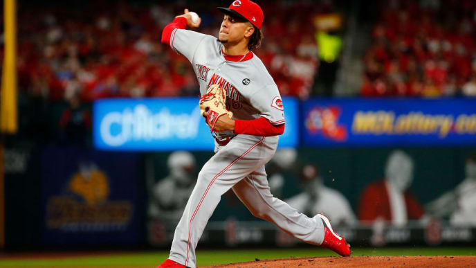 ST LOUIS, MO - JUNE 04: Luis Castillo #58 of the Cincinnati Reds delivers a pitch against the St. Louis Cardinals in the first inning at Busch Stadium on June 4, 2019 in St Louis, Missouri. (Photo by Dilip Vishwanat/Getty Images)