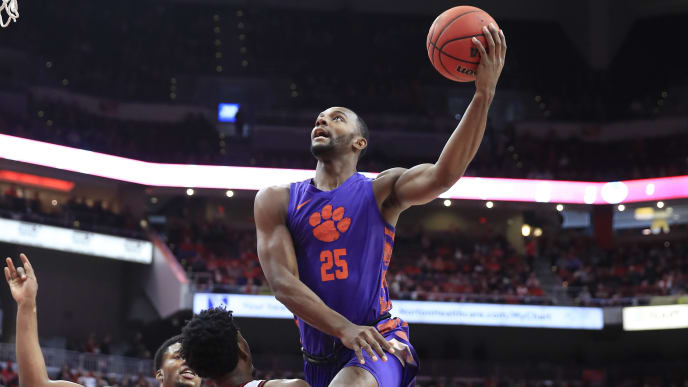 Aamir Simms leads Clemson in average points (13.8) and rebounds (7.6).