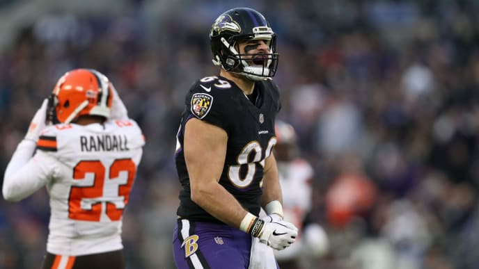 BALTIMORE, MARYLAND - DECEMBER 30: Tight End Mark Andrews #89 of the Baltimore Ravens reacts after a play in the first quarter against the Cleveland Browns at M&T Bank Stadium on December 30, 2018 in Baltimore, Maryland. (Photo by Patrick Smith/Getty Images)