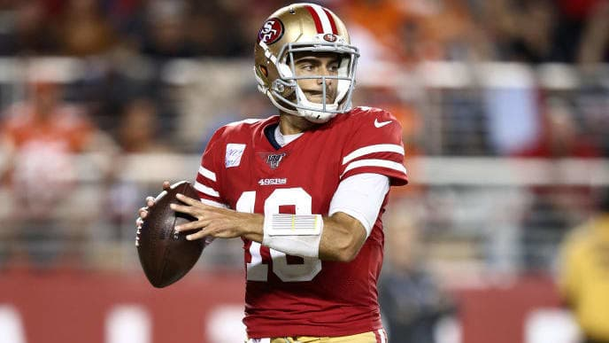 SANTA CLARA, CALIFORNIA - OCTOBER 07:  Jimmy Garoppolo #10 of the San Francisco 49ers in action against the Cleveland Browns at Levi's Stadium on October 07, 2019 in Santa Clara, California. (Photo by Ezra Shaw/Getty Images)