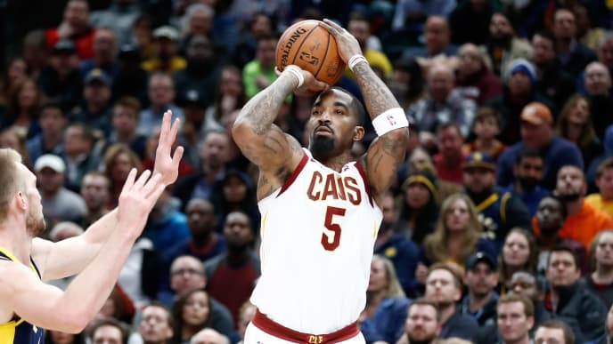 INDIANAPOLIS, IN - DECEMBER 08:  J.R. Smith #5 of the Cleveland Cavaliers shoots the ball against the Indiana Pacers at Bankers Life Fieldhouse on December 8, 2017 in Indianapolis, Indiana.   NOTE TO USER: User expressly acknowledges and agrees that, by downloading and or using this photograph, User is consenting to the terms and conditions of the Getty Images License Agreement.  (Photo by Andy Lyons/Getty Images)