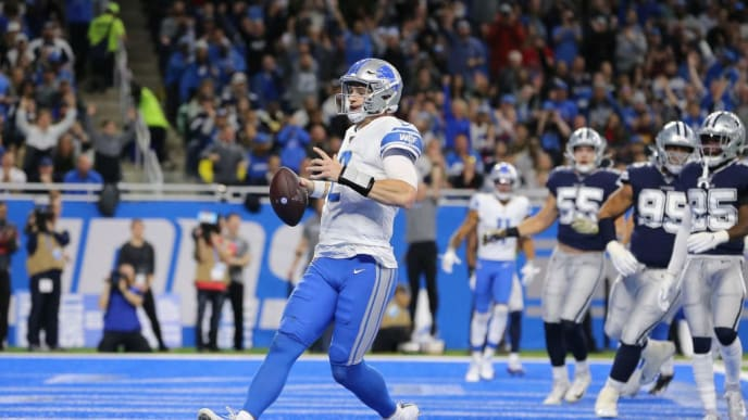 DETROIT, MI - NOVEMBER 17: Jeff Driskel #2 of the Detroit Lions runs the ball for a touchdown in the second quarter against the Dallas Cowboysat Ford Field on November 17, 2019 in Detroit, Michigan. (Photo by Rey Del Rio/Getty Images)