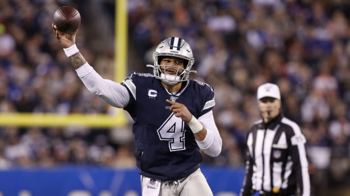 EAST RUTHERFORD, NEW JERSEY - NOVEMBER 04:  (NEW YORK DAILIES OUT)   Dak Prescott #4 of the Dallas Cowboys in action against the New York Giants at MetLife Stadium on November 04, 2019 in East Rutherford, New Jersey. The Cowboys defeated the Giants 37-18. (Photo by Jim McIsaac/Getty Images)
