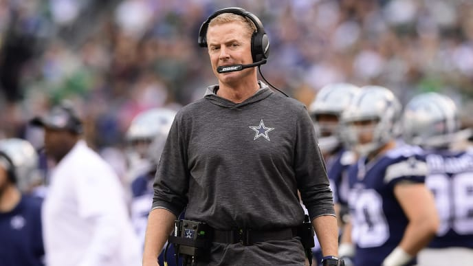 EAST RUTHERFORD, NEW JERSEY - OCTOBER 13:  Head coach Jason Garrett of the Dallas Cowboys reacts against the New York Jets at MetLife Stadium on October 13, 2019 in East Rutherford, New Jersey. (Photo by Steven Ryan/Getty Images)