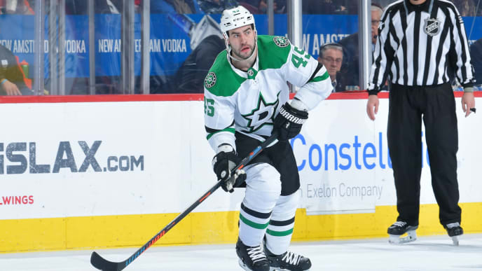 PHILADELPHIA, PENNSYLVANIA - JANUARY 10: Roman Polak #45 of the Dallas Stars skates against the Philadelphia Flyers at Wells Fargo Center on January 10, 2019 in Philadelphia, Pennsylvania. The Flyers won 2-1. (Photo by Drew Hallowell/Getty Images)
