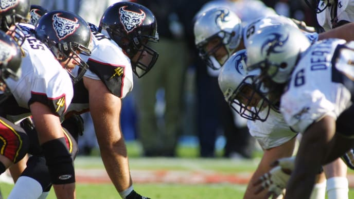21 Apr 2001:  The Los Angeles Xtreme and the San Francisco Demons during the XFL Championship game at the Los Angeles Coliseum in Los Angeles, California.  DIGITAL IMAGE.  Mandatory Credit: Scott Halleran/Allsport