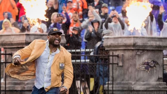 BALTIMORE, MD - SEPTEMBER 23: Hall of Fame inductee Ray Lewis of the Baltimore Ravens is introduced before the game against the Denver Broncos at M&T Bank Stadium on September 23, 2018 in Baltimore, MD.  (Photo by Scott Taetsch/Getty Images)