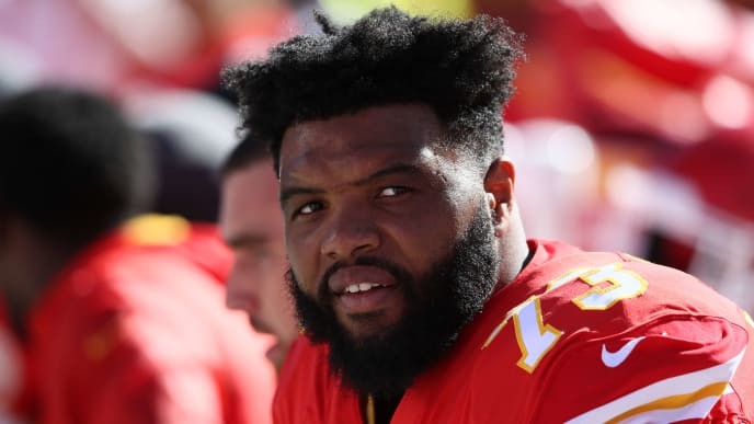 KANSAS CITY, MO - OCTOBER 28: Jeff Allen #73 of the Kansas City Chiefs of the Kansas City Chiefs sits on the bench after a scoring drive during the third quarter of the game against the Denver Broncos at Arrowhead Stadium on October 28, 2018 in Kansas City, Missouri. (Photo by Jamie Squire/Getty Images)