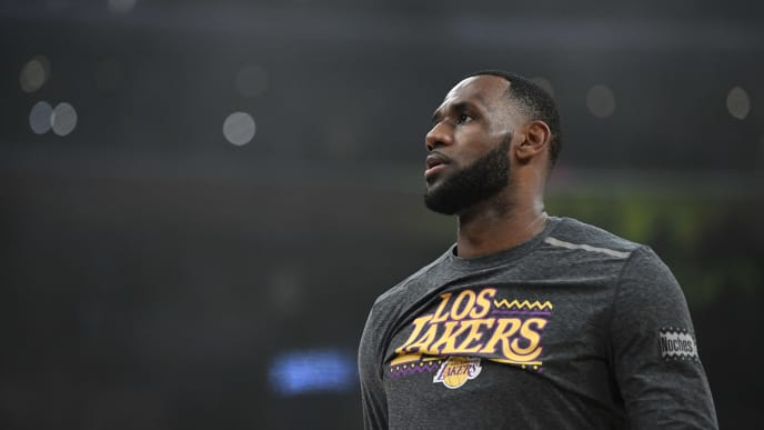 LOS ANGELES, CALIFORNIA - MARCH 06: LeBron James #23 of the Los Angeles Lakers warms up before the game against the Denver Nuggets at Staples Center on March 06, 2019 in Los Angeles, California. (Photo by Robert Laberge/Getty Images)