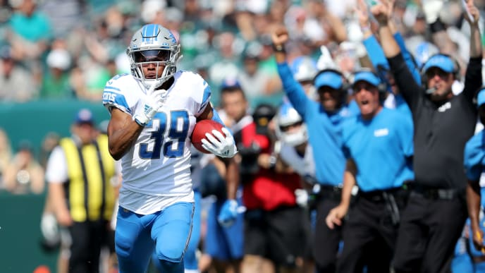 PHILADELPHIA, PENNSYLVANIA - SEPTEMBER 22:   Jamal Agnew #39 of the Detroit Lions carries the ball 100 yards for a touchdown in the first quarter against the Philadelphia Eagles at Lincoln Financial Field on September 22, 2019 in Philadelphia, Pennsylvania. (Photo by Elsa/Getty Images)
