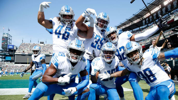 PHILADELPHIA, PENNSYLVANIA - SEPTEMBER 22:   Jamal Agnew #39 of the Detroit Lions celebrates his 100 yard kick off return for a touchdown with teammates Dee Virgin #30,Nick Bawden #46,C.J. Moore #49,Miles Killebrew #35,Logan Thomas #82 and Mike Ford #38  in the first quarter against the Philadelphia Eagles at Lincoln Financial Field on September 22, 2019 in Philadelphia, Pennsylvania. (Photo by Elsa/Getty Images)