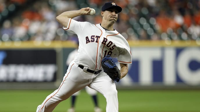 HOUSTON, TEXAS - AUGUST 20: Aaron Sanchez #18 of the Houston Astros pitches in the first inning against the Detroit Tigers at Minute Maid Park on August 20, 2019 in Houston, Texas. (Photo by Bob Levey/Getty Images)