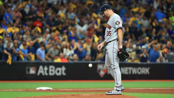 ST PETERSBURG, FLORIDA - OCTOBER 08:  Justin Verlander #35 of the Houston Astros is taken out of the game against the Tampa Bay Rays during the fourth inning in game four of the American League Division Series at Tropicana Field on October 08, 2019 in St Petersburg, Florida. (Photo by Mike Ehrmann/Getty Images)