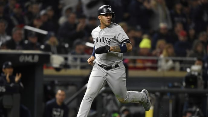 MINNEAPOLIS, MINNESOTA - OCTOBER 07: Gleyber Torres #25 of the New York Yankees scores against the Minnesota Twins on a single by Didi Gregorius #18 in the seventh inning in game three of the American League Division Series at Target Field on October 07, 2019 in Minneapolis, Minnesota. (Photo by Hannah Foslien/Getty Images)