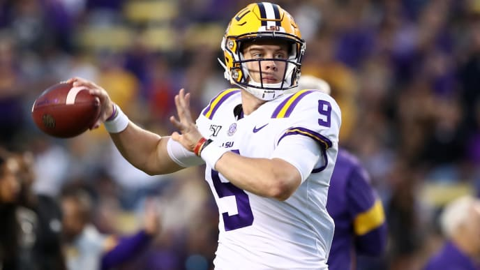 Joe Burrow attempts a pass against Florida.