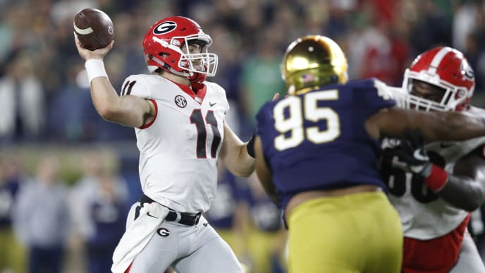 SOUTH BEND, IN - SEPTEMBER 09: Jake Fromm #11 of the Georgia Bulldogs throws a pass in the fourth quarter of a game against the Notre Dame Fighting Irish at Notre Dame Stadium on September 9, 2017 in South Bend, Indiana. Georgia won 20-19. (Photo by Joe Robbins/Getty Images)