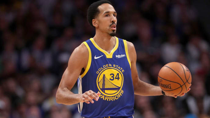 DENVER, COLORADO - JANUARY 15: Shaun Livingston #34 of the Golden State Warriors plays the Denver Nuggets at the Pepsi Center on January 15, 2019 in Denver, Colorado. NOTE TO USER: User expressly acknowledges and agrees that, by downloading and or using this photograph, User is consenting to the terms and conditions of the Getty Images License Agreement. (Photo by Matthew Stockman/Getty Images)