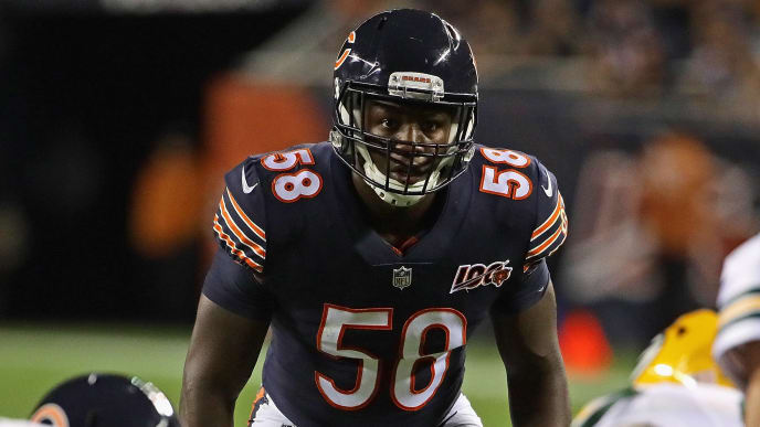 CHICAGO, ILLINOIS - SEPTEMBER 05: Roquan Smith #58 of the Chicago Bears awaits the snap against the Green Bay Packers at Soldier Field on September 05, 2019 in Chicago, Illinois. (Photo by Jonathan Daniel/Getty Images)