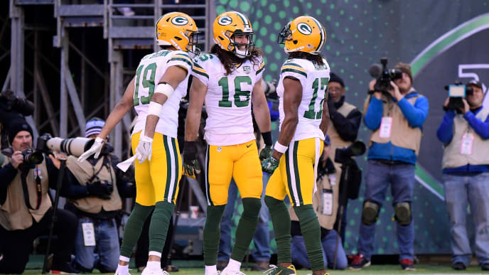 EAST RUTHERFORD, NJ - DECEMBER 23: Jake Kumerow #16 of the Green Bay Packers celebrates with Davante Adams #17 of the Green Bay Packers and Equanimeous St. Brown #19 of the Green Bay Packers after scoring a touch down against the New York Jets during the second quarter at MetLife Stadium on December 23, 2018 in East Rutherford, New Jersey.  (Photo by Steven Ryan/Getty Images)