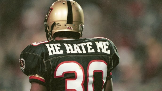 "3 Feb 2001:  Rod ""He Hate Me"" Smart #30 of the Las Vegas Outlaws in action against the New York/New Jersey Hitmen at Sam Boyd Stadium in Las Vegas, Nevada. The Outlaws won 19-0. Mandatory Credit: Todd Warshaw/ALLSPORT"