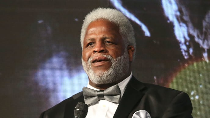 HOUSTON, TX - FEBRUARY 08:  Earl Campbell speaks during the Houston Sports Awards on February 8, 2018 in Houston, Texas.  (Photo by Gary Miller/Getty Images for Houston Sports Awards)