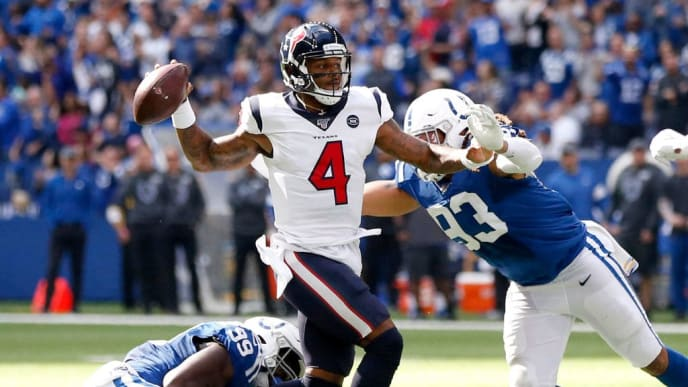 INDIANAPOLIS, INDIANA - OCTOBER 20: Deshaun Watson #4 of the Houston Texans throws a pass during the game against the Indianapolis Colts during the third quarter at Lucas Oil Stadium on October 20, 2019 in Indianapolis, Indiana. (Photo by Justin Casterline/Getty Images)