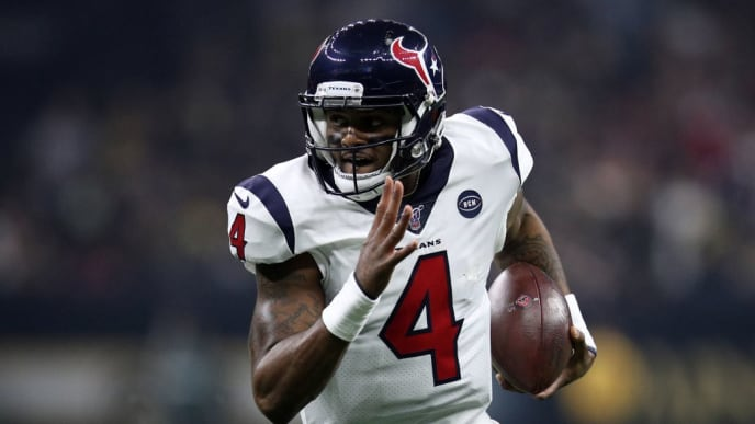 NEW ORLEANS, LOUISIANA - SEPTEMBER 09: Deshaun Watson #4 of the Houston Texans runs for a touchdown against the New Orleans Saints  at Mercedes Benz Superdome on September 09, 2019 in New Orleans, Louisiana. (Photo by Chris Graythen/Getty Images)