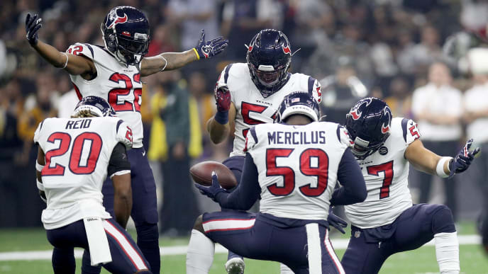 NEW ORLEANS, LOUISIANA - SEPTEMBER 09: Whitney Mercilus #59 of the Houston Texans and teammates celebrate his interception  against the New Orleans Saints at Mercedes Benz Superdome on September 09, 2019 in New Orleans, Louisiana. (Photo by Chris Graythen/Getty Images)