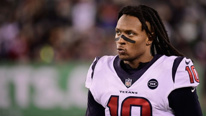 EAST RUTHERFORD, NJ - DECEMBER 15:  Wide receiver DeAndre Hopkins #10 of the Houston Texans looks on from the sideline during the fourth quarter against the New York Jets at MetLife Stadium on December 15, 2018 in East Rutherford, New Jersey.  (Photo by Steven Ryan/Getty Images)