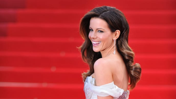 CANNES, FRANCE - MAY 14: (EDITORS NOTE: Alternatve crop taken from original image 99313707)  Jury Member Kate Beckinsale attends the 'IL Gattopardo' Premiere at the Palais des Festivals during the 63rd Annual Cannes Film Festival on May 14, 2010 in Cannes, France. (Photo by Pascal Le Segretain/Getty Images)