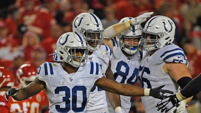 KANSAS CITY, MO - OCTOBER 06:  Defensive back George Odum #30 of the Indianapolis Colts and his teammates celebrate as the defeat the Kansas City Chiefs against at Arrowhead Stadium on October 6, 2019 in Kansas City, Missouri. (Photo by Peter Aiken/Getty Images)