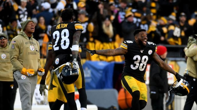 PITTSBURGH, PA - NOVEMBER 03: Jaylen Samuels #38 of the Pittsburgh Steelers reacts after a missed field goal by Adam Vinatieri #4 of the Indianapolis Colts in the fourth quarter during the game at Heinz Field on November 3, 2019 in Pittsburgh, Pennsylvania. (Photo by Justin Berl/Getty Images)