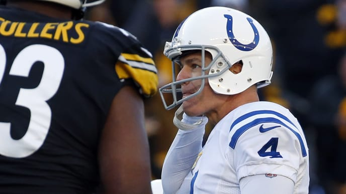 PITTSBURGH, PA - NOVEMBER 03:  Adam Vinatieri #4 of the Indianapolis Colts reacts after missing a field goal in the closing minute of the game against the Pittsburgh Steelers on November 3, 2019 at Heinz Field in Pittsburgh, Pennsylvania.  (Photo by Justin K. Aller/Getty Images)